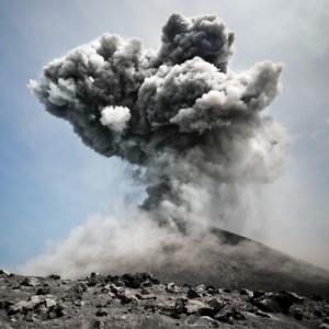 Volcano eruption (Image: veer.com)