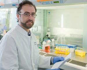 Dr. Dimitrios Mougiakakos