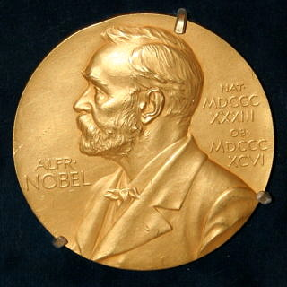 "Towards page ""FAU Nobel Prize winners"""