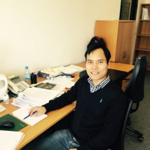 Research-Alumni-Interview with Dr. Huynh van Luong (Image: Jan Koloda)