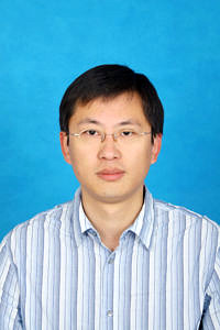 Research-Alumni-Interview with Dr. Xiaoming Chen (Image: Pingfang Li)