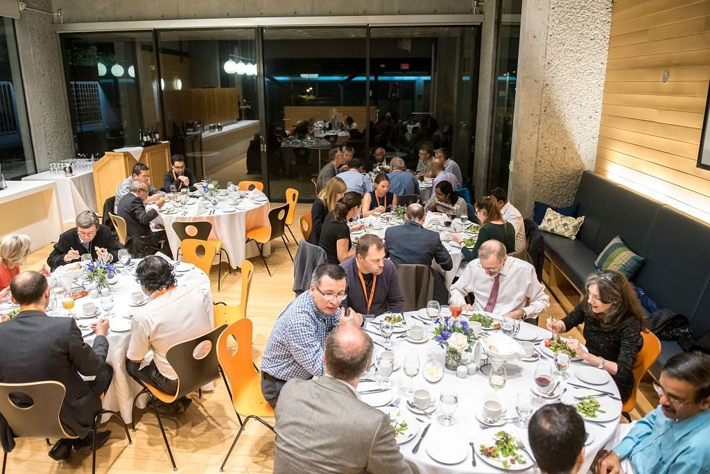 "The first day of ""Knowledge in motion: FAU Research Alumni Meeting Vancouver 2018 - The Future of Digital Innovation"" ended with a networking dinner at Sage Bistro on UBC Campus.(Image: FAU/Paul Joseph)"