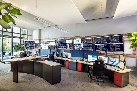 Connected grid control centres