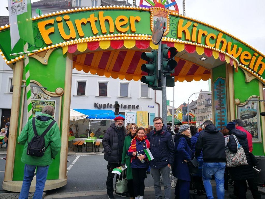 Gruppenfoto bei der Fürther Kirchweih