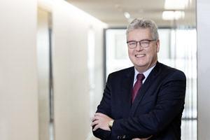 Dr. Matthias Everding